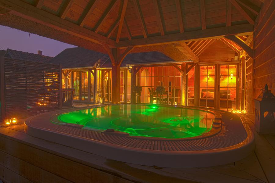 Prive Sauna Zwembad.L Eau De Vie Prive Sauna En Welness